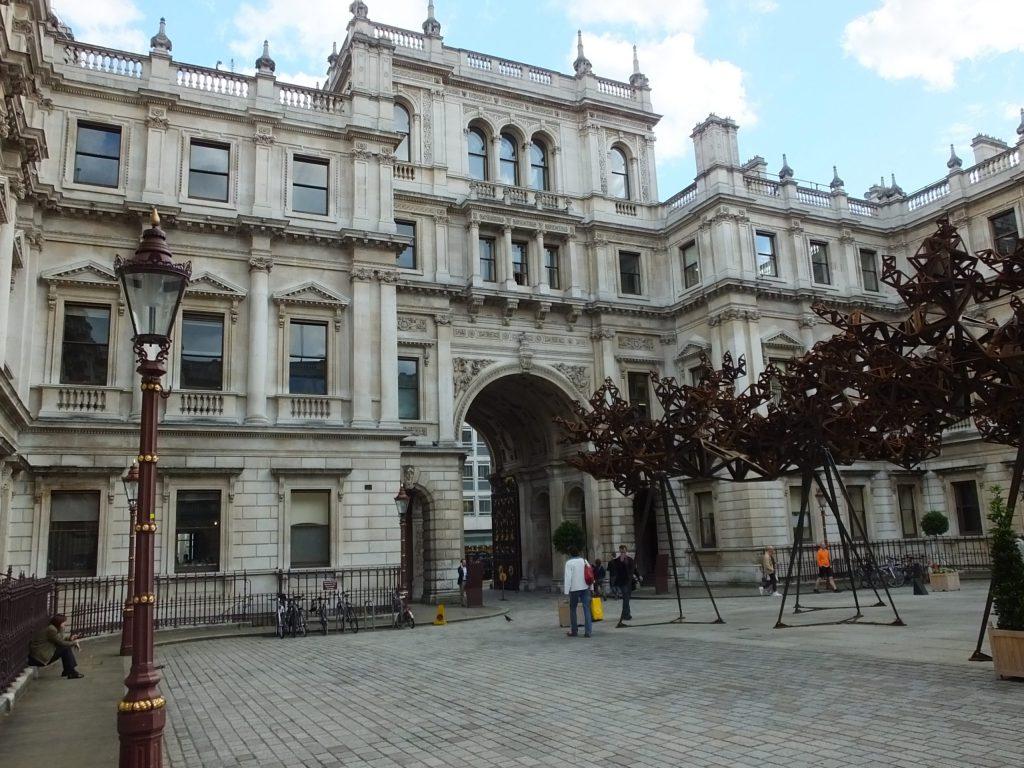 Courtyard of The Royal Society of Chemistry Burlington House